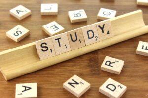 study 300x200 Как да си открием частна занималня?